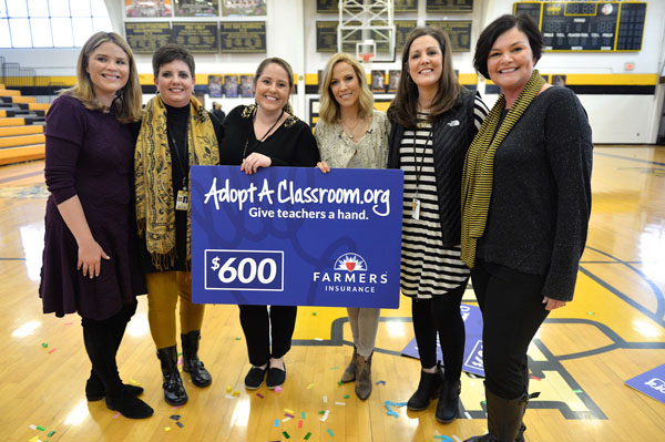 Sheryl Crow with adopted teachers at Kennett High School (Photo by Jason Davis/Getty Images for Farmers Insurance)